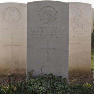 Canada Cemetery, Tilloy-les-Cambrai